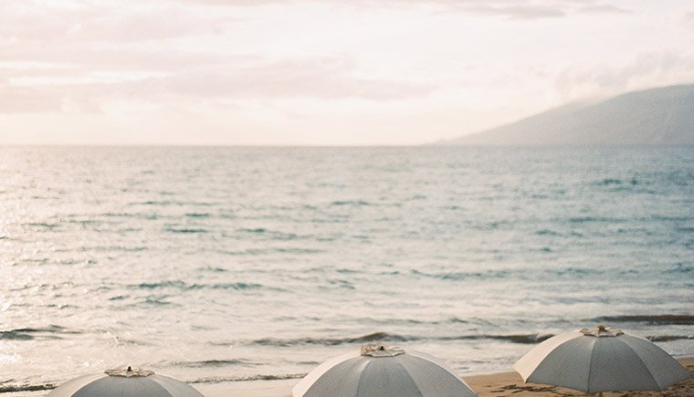 Paradiesische Strandhochzeit auf Maui von Erich McVey Photography