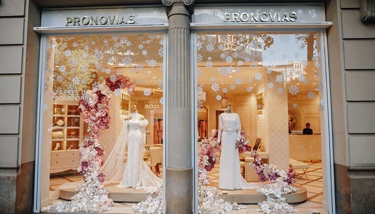 Sparkle in Pronovias