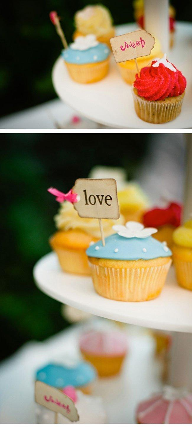 andrea16_wedding_cupcakes-