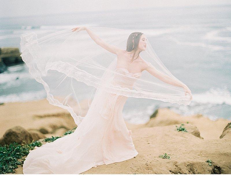 blush coastal wedding inspiration 0003