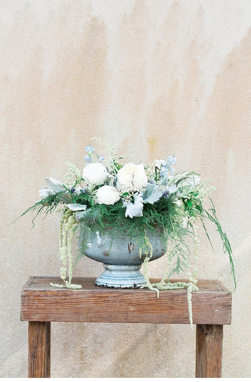 land and water wedding inspiration 0006