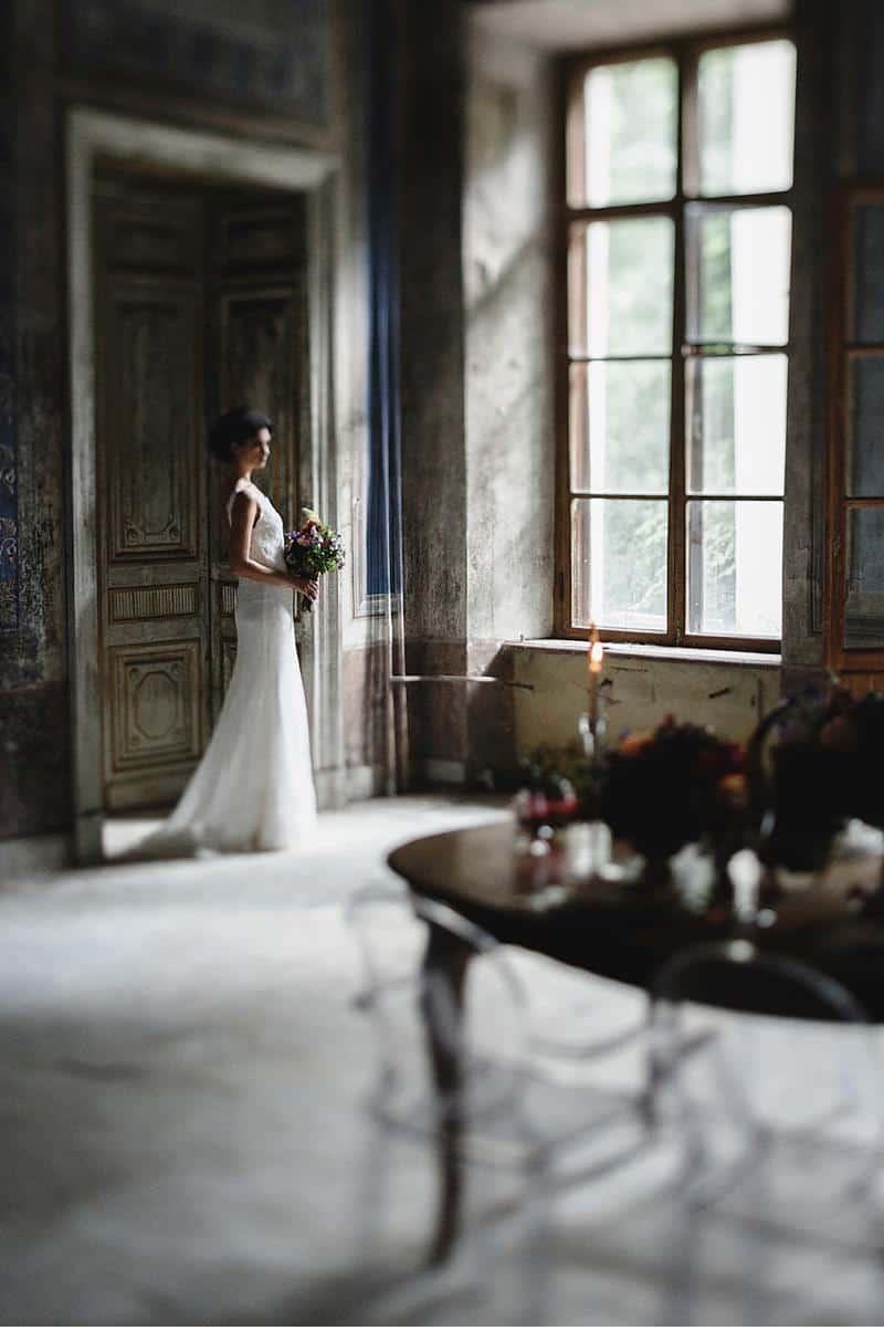 flowers and bones wedding inspirations 0018