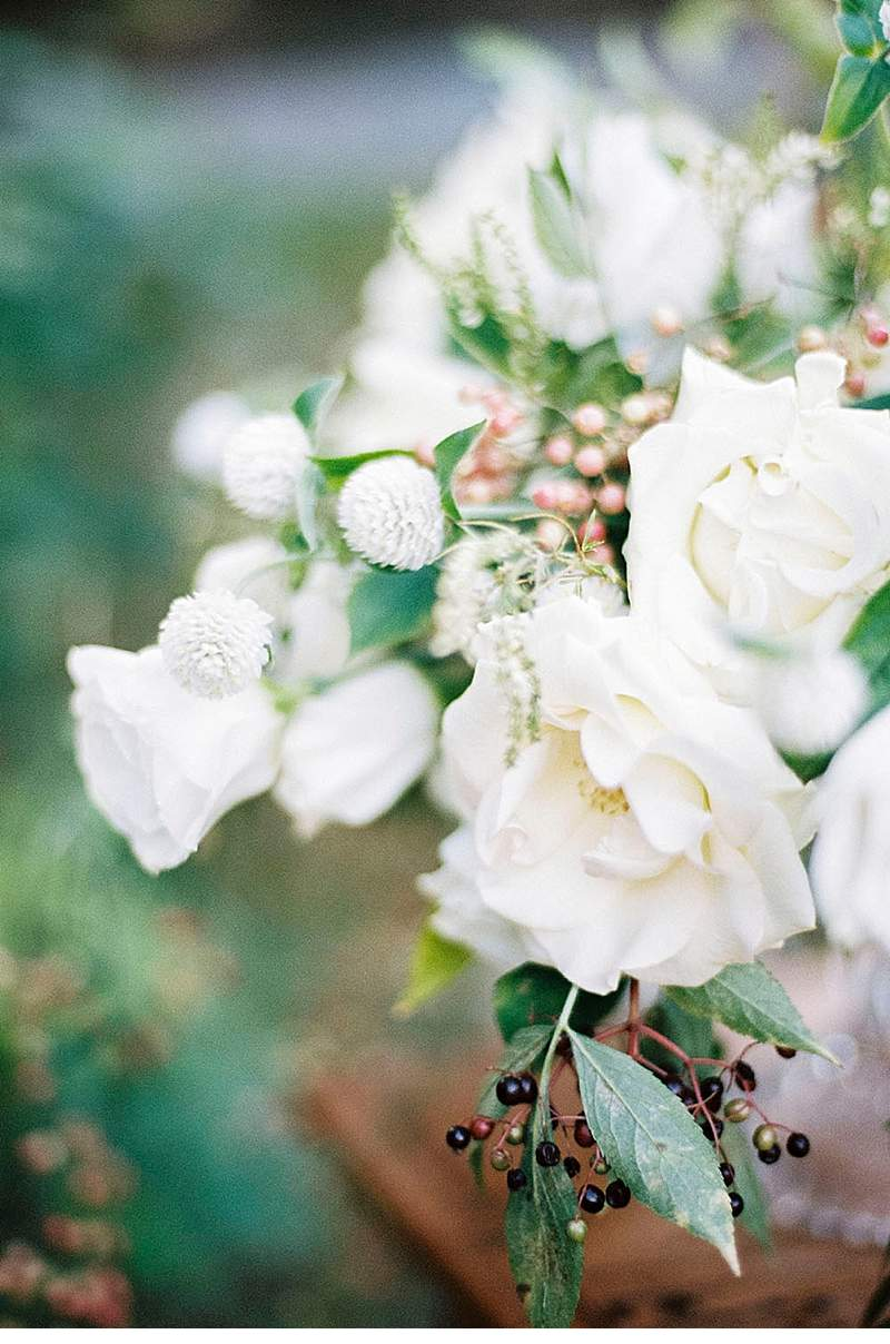 elegant-french-abbey-wedding-inspiration_0017