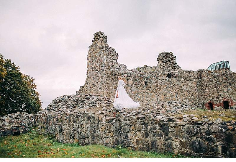 brautshooting-finnland-ruine-wald-schleier-romantisch_0010