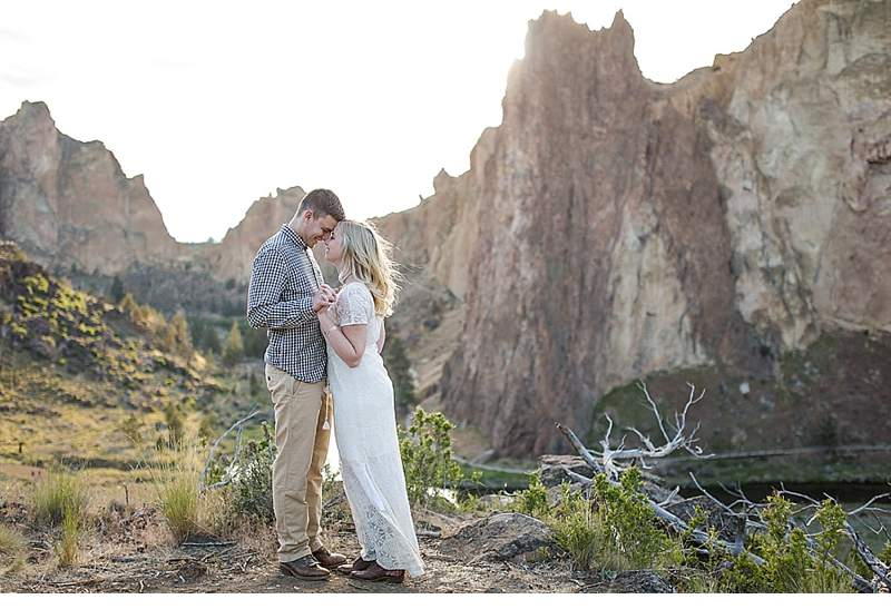 engagment-smith-rock -state-park_0015