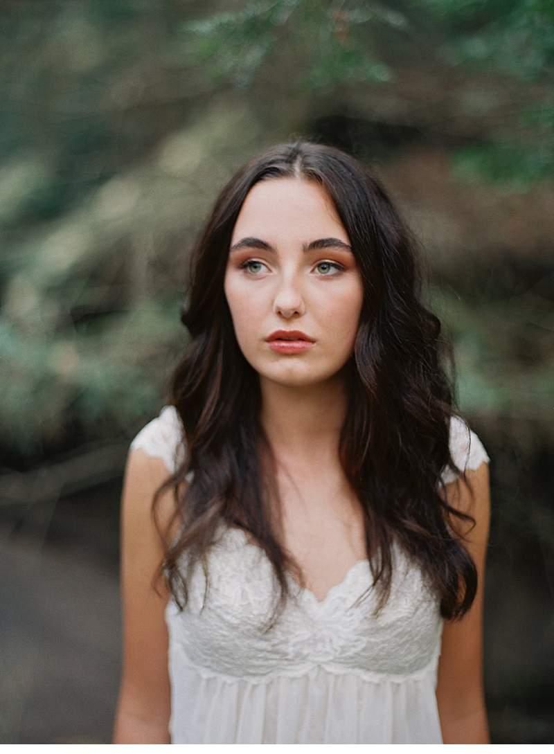 moody-cave-bridal-shoot_0026