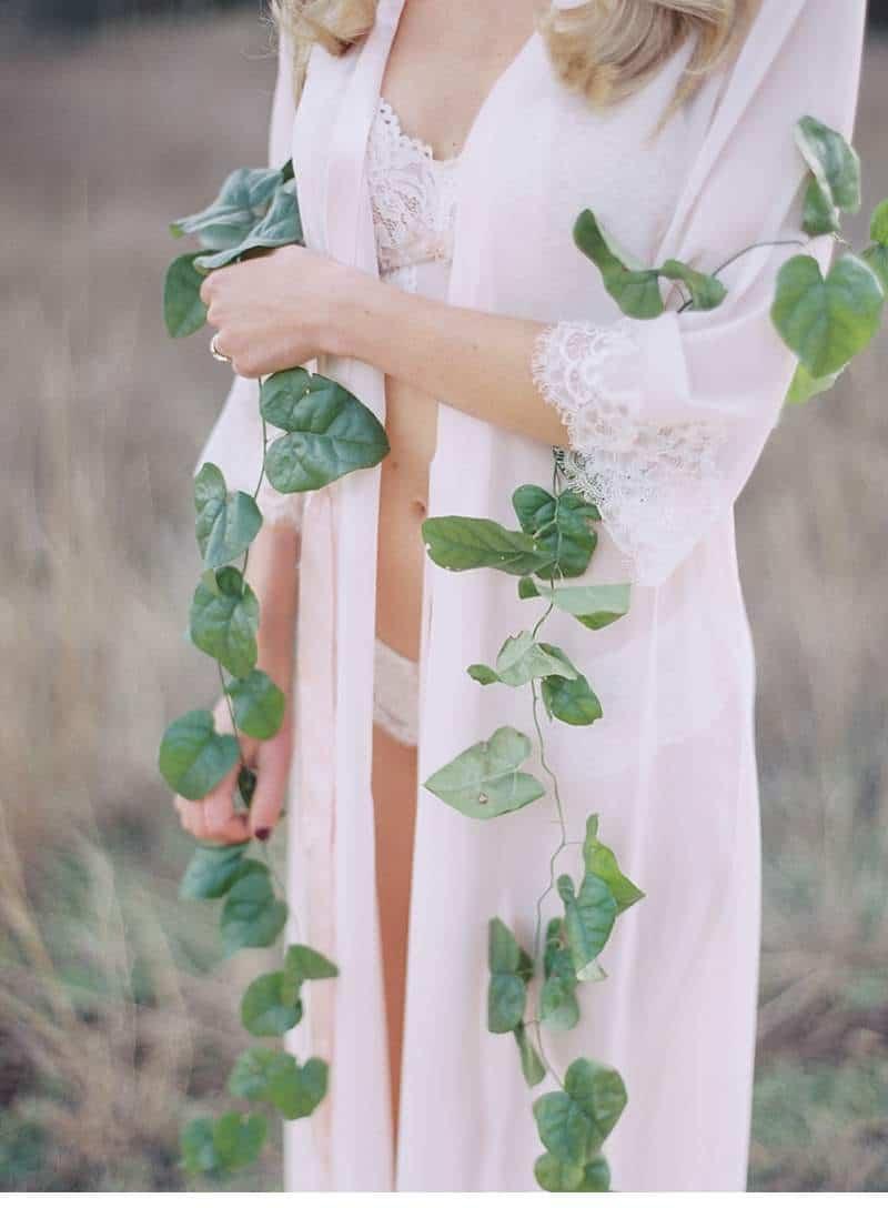 boudoir-bridal-inspiration-shoot_0020