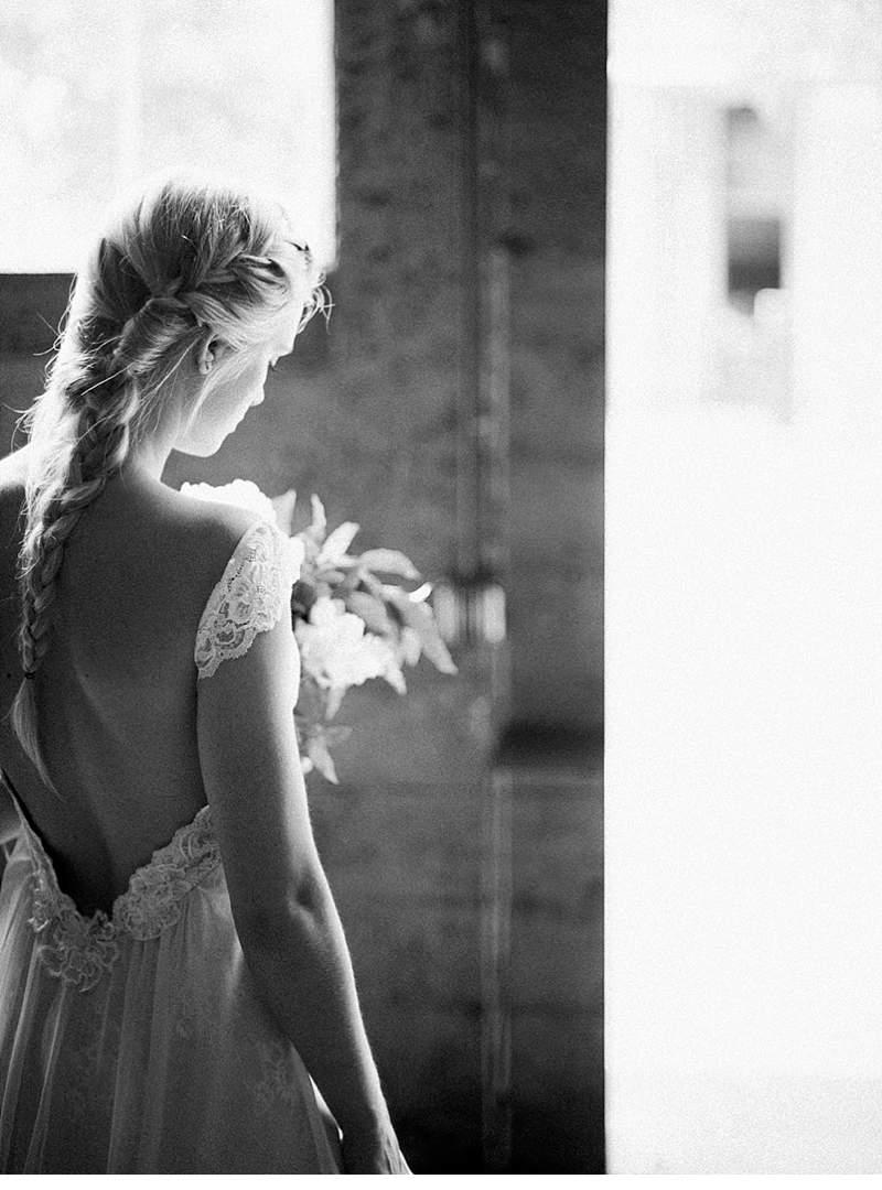 getting-ready-bridal-shoot-luce-loft_0025
