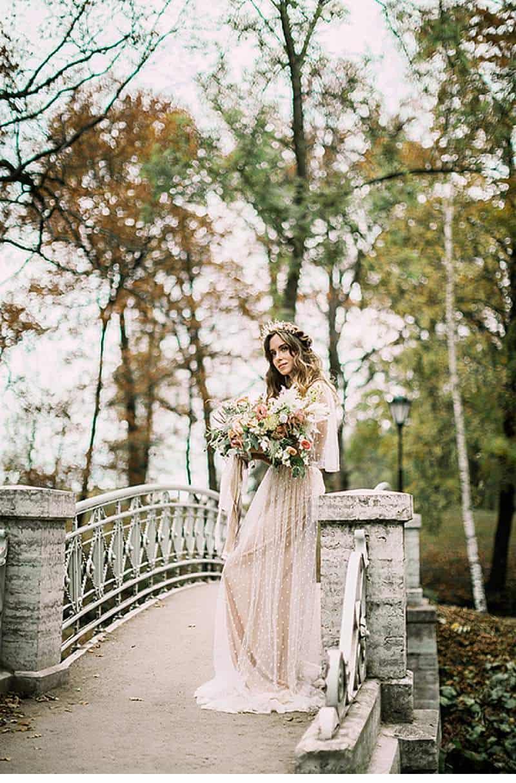 romantic-natural-bridal-session_0010a