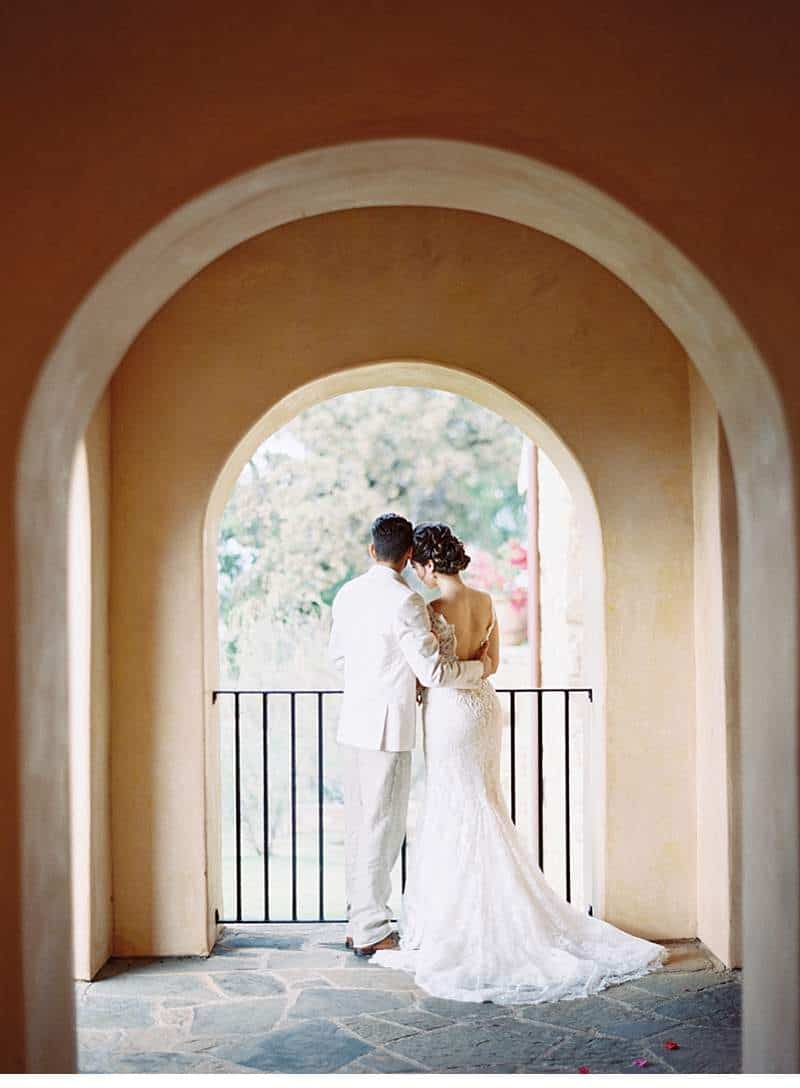 creamy-terra-cotta-arches-wedding-inspirations_0017