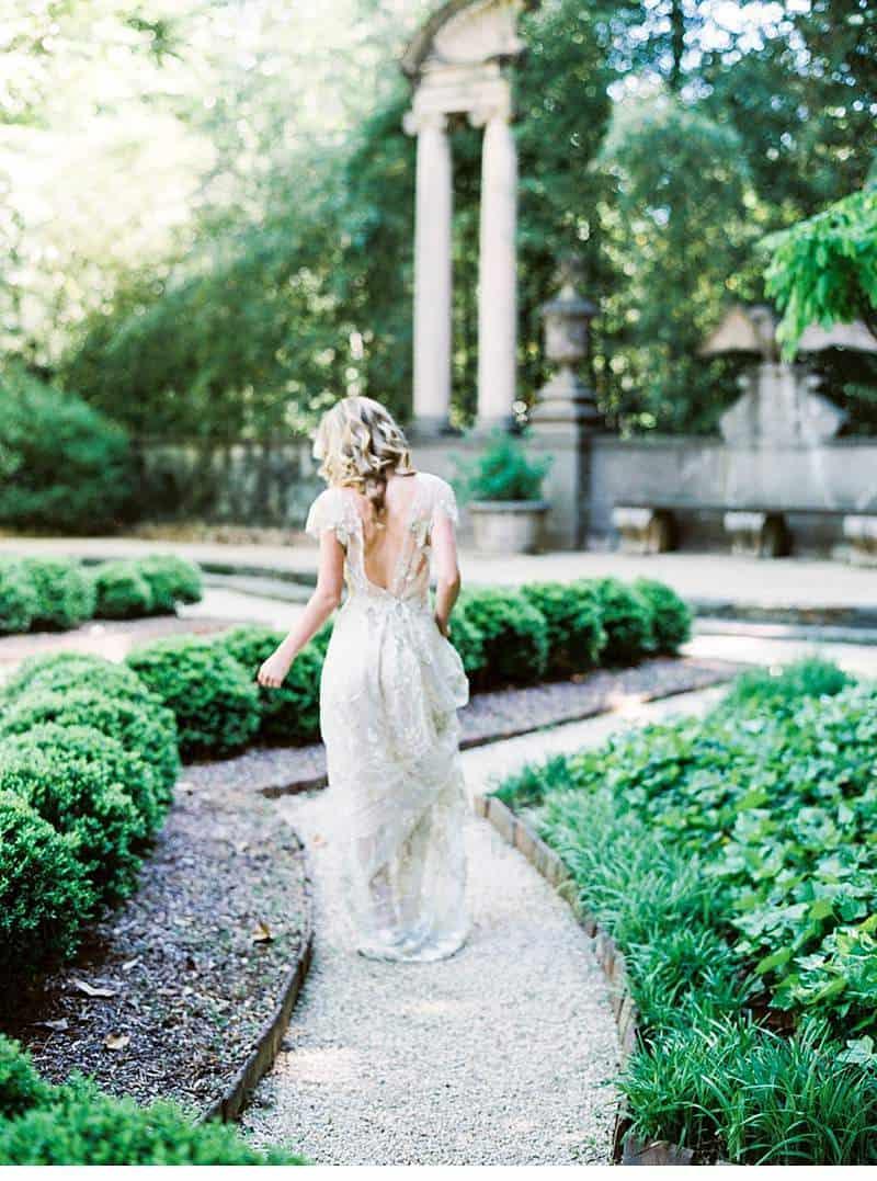 organic-soft-blue-wedding-inspirations_0027b