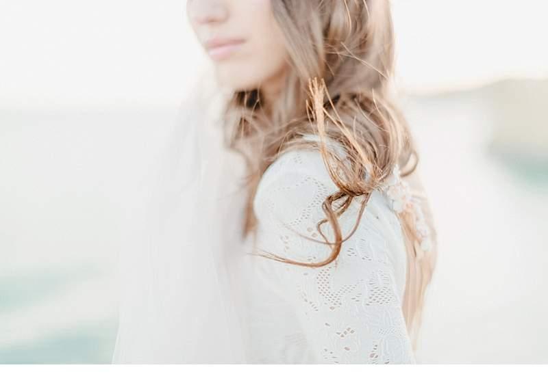 spanish-cliff-bride_0010a