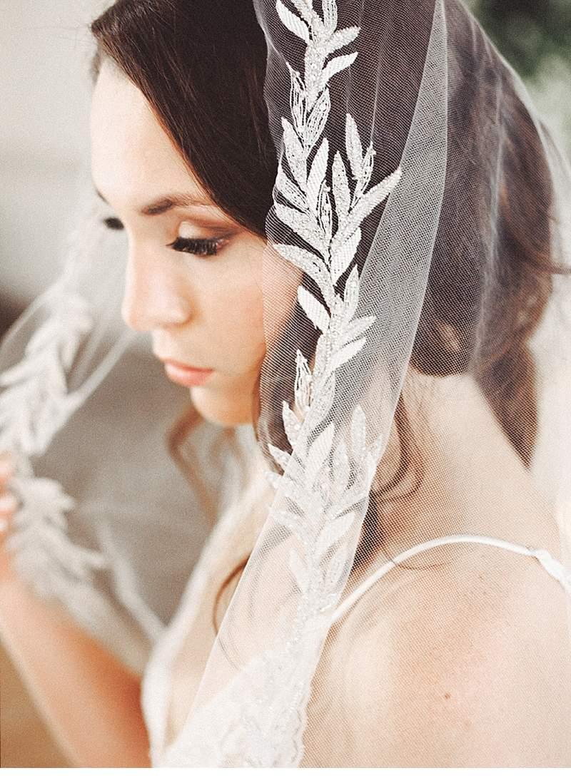 stimmungsvolles-boudoir-shoot-bridal-getting-ready_0008