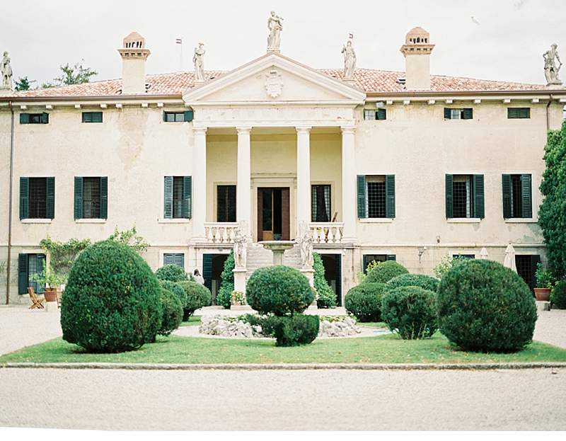 italian-elopement-vintage-car_0013