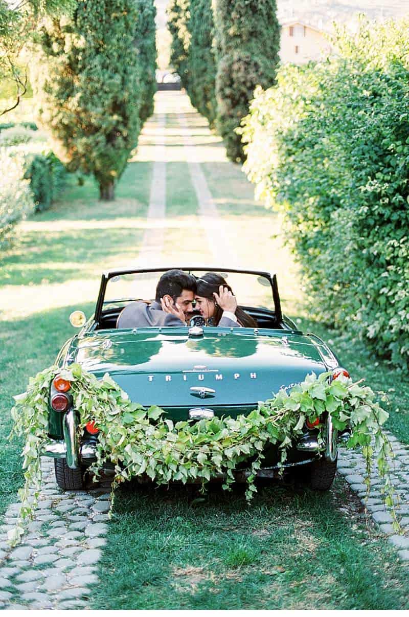italian-elopement-vintage-car_0029