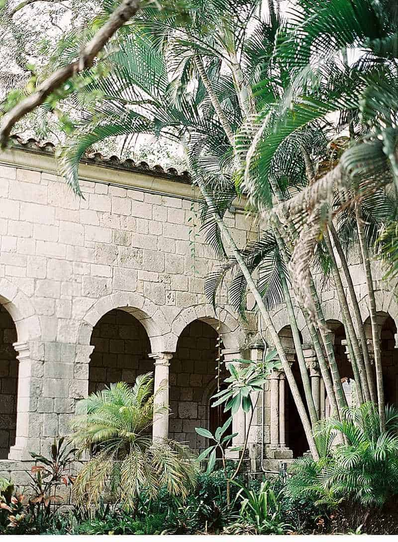 schlosshochzeit-historisches-ambiente-hochzeitsinspirationen_0021