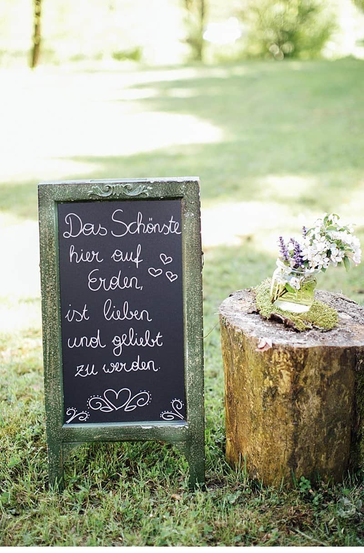 fruehlingshochzeit-freie-trauung-im-gruenen_0035