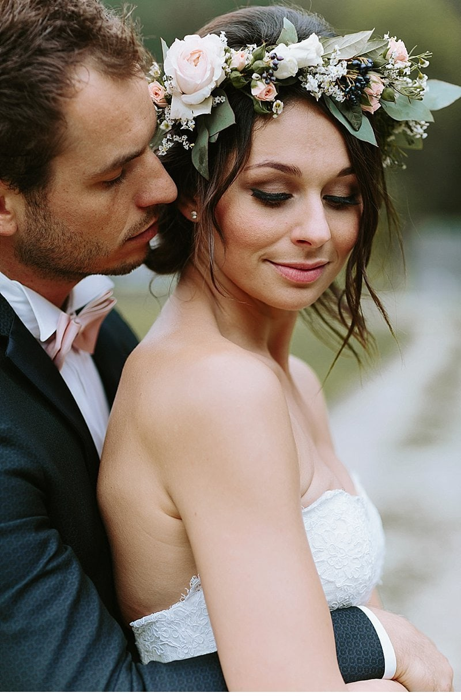 after-wedding-shooting-blumenhaarkranz-brautpaar_0019