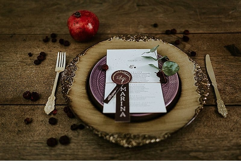 herbst-elopement-marsala-purple_0018