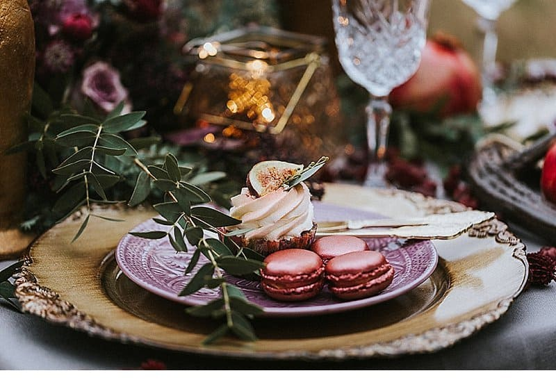 herbst-elopement-marsala-purple_0020a