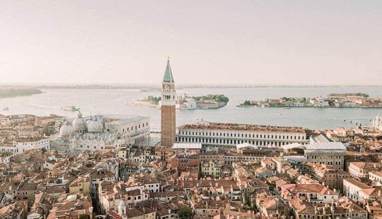 Jahrestag in Venedig – Romantik trifft auf Verführung